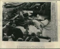 1970 Press Photo Members Of Vanceremos Brigade Relax On Boat Headed To Cuba