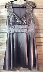Robbie Bee Evening Women#x27;s NEW Taupe Embroidered Detail Sleeveless Dress 14. $12.49