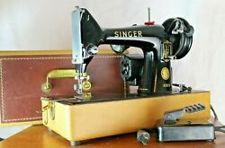 Singer Sewing Machine - Vintage -99k -guaranteed Authentic -black And Case Include