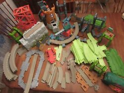 Huge 17 Lb Mixed Lot Thomas The Tank Engine Toy Train Track Buildings Gullane