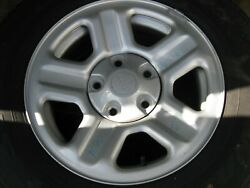 New/spare 16 Wheel W/225/ /r16 Wrangler Tire From A 2010 Jeep/not Used/clean