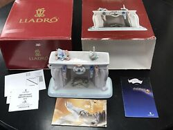 New In Box Lladro 6668 Up The Chimney He Rose Night Before Christmas Collection