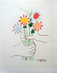 Picasso Rare Vintage Lithograph - Flowers In The Hand Well Preserved