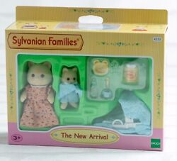 Sylvanian Families Calico Critters The New Arrival Baby Set Boxed Epoch Girls