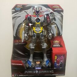Power Rangers Interactive Megazord New With Lights, Sounds And Expanding Wings