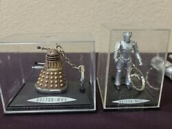 2 Bbc Tv Doctor Who Diecast Collectable Cyberman Keychain + Bonus New In Box