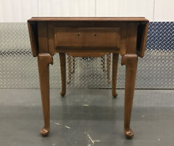 Ethan Allen Drop Leaf Heirloom Nutmeg Maple Side Accent Occasional End Table