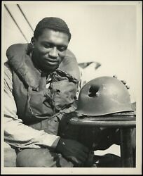 1944 D-day African American Guardsman Wwii Type 1 Original Photo Just A Scratch