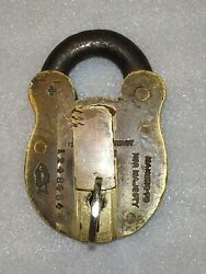 Chubbs Patent London Makers To Her Majesty Victoria Antique Brass Pad Lock