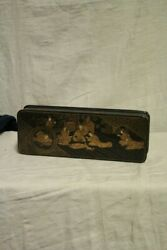 Antique Box Chinese In Lacquer Decorations Golden And Material Precious/box