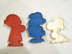 3-peanuts Plastic Cookie Cutters Charlie Brown/lucy/snoopy-united Feature Syndic