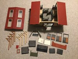 Vintage Retired Schleich Large Horse Barn Stable Play Toy Kids Farm Animals
