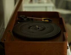 vintage looking record player