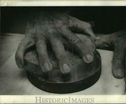 1972 Press Photo Archie Estopinal Shown Holding A Six-inch Piece Of Glass