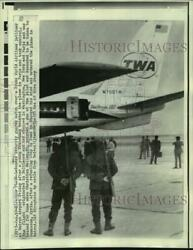 1970 Press Photo Hijacked Trans World Jet Guarded By Lebanese Security At Beirut