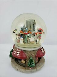 Thanksgiving Day Parade Musical Snow Globe Ltd. Edition 2000 Twin Towers