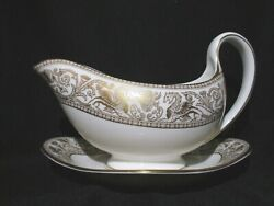 Wedgwood - Florentine Gold W4219 - Gravy Boat And Stand