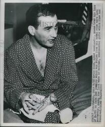 1950 Press Photo Artie Shaw, Bandleader Robbed Of Cash And Jewelry In Hotel