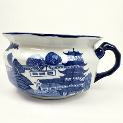 Victoria Ware Ironstone Blue Willow Single Snake Handle Chamber Pot 9 X 5.25