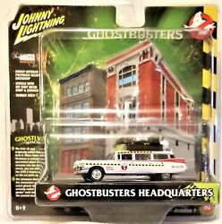 Johnny Lightning - 164 Diorama Ghostbusters Ecto-1a 1959 Cadillac Bbjldr0022