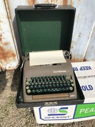 Vintage Smith Corona Clipper 5c Series Manual Typewriter 1950s Used At Our Bank