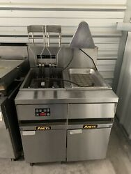 Used Anets 14el-17 Electric Fryer With Filtration Food Warming Station