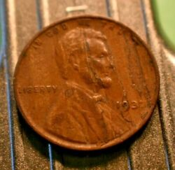 Better 1932-p Lincoln Wheat Cent 1c With Woodie Error.  6820
