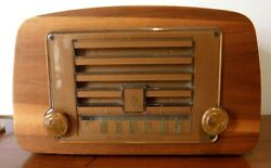 1940and039s Eames Emerson Moulded Walnut Valve Radio