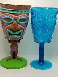 Tiki Party Cups Hawaiian Plastic Drink-lot Of 2 Good Condition