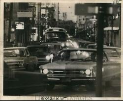 1968 Press Photo Traffic Is Bumper To Bumper In This Narrow Street New Orleans
