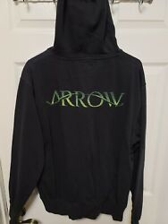 Arrow Tv Series Cast And Crew Gift Hoodie Rare Promo Cw Dc Comics Stephen Amell