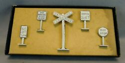 Comet Metal Products X-4 O Scale Authenticast Metal Railroad Signs In Ob