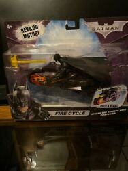2008 Mattel Batman Fire Cycle - Rev And Go Motor - Aim And Fire