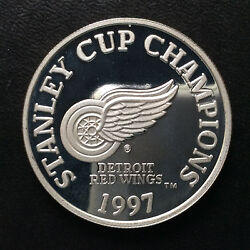 1997 Enviromint Nhl Red Wings Stanley Cup Champions Silver Round A5141