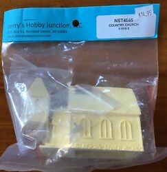 Jerry's Hobby Junction 10mm Country Church. N Scale Nip