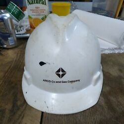 Vintage Arco Hardhat--real Deal--used In The Oil Patch--awesome Subject Matter