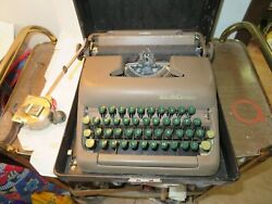 1949 Smith Corona Clipper Typewriter W/case - Serial 5c129468 For Repair