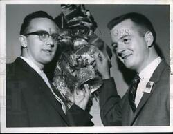 1957 Press Photo Dick Leestma, George Smith At National Cash Register Co. Dinner