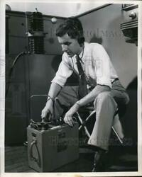 1952 Press Photo Jim Measures The Radiation Of High Power Supply