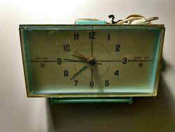 Vtg 1960and039s Sears Roebuck And Co. Illuminated Bedside Alarm Clock Model...