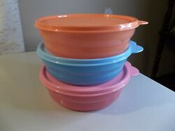 Tupperware Set Of 3 Cereal Bowls With Lids Impressions Microwave Blue Pink New