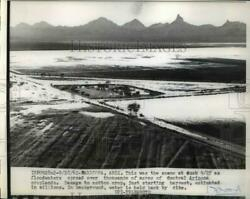 1962 Press Photo Floodwaters Spread Over Acres Of Central Arizona Croplands