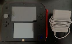 Nintendo 2ds + Stylus + Charger