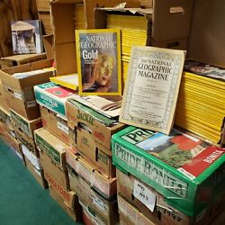 National Geographic Magazine Huge Lot Of 900+ Issues 1914-2011 + Maps + 2 Books