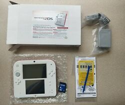 Nintendo 2ds Scarlet Red Official Nintendo Store Refurbished With 4gb Sd Card