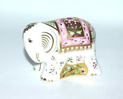 Figure Indian Elephant Baby Royal Crown Derby English Porcelain Beautiful Item