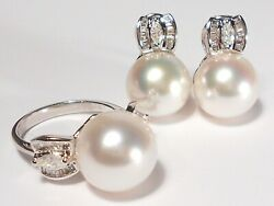 White South Sea Pearl Setring And Earrings, Diamonds, Solid 18k White Gold.