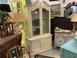 Vintage Off White China Cabinet Chicken Wire Door Fronts Arch Top W Light French