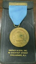 The Grand Lodge Of Rhode Island Veteranand039s Medal1923 Award Bronze And Ribbon Pin