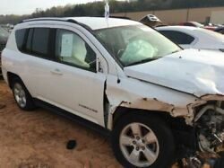 Engine Classic Style Vertical Rear Door Handle 2.0l Fits 07-17 Compass 2701492